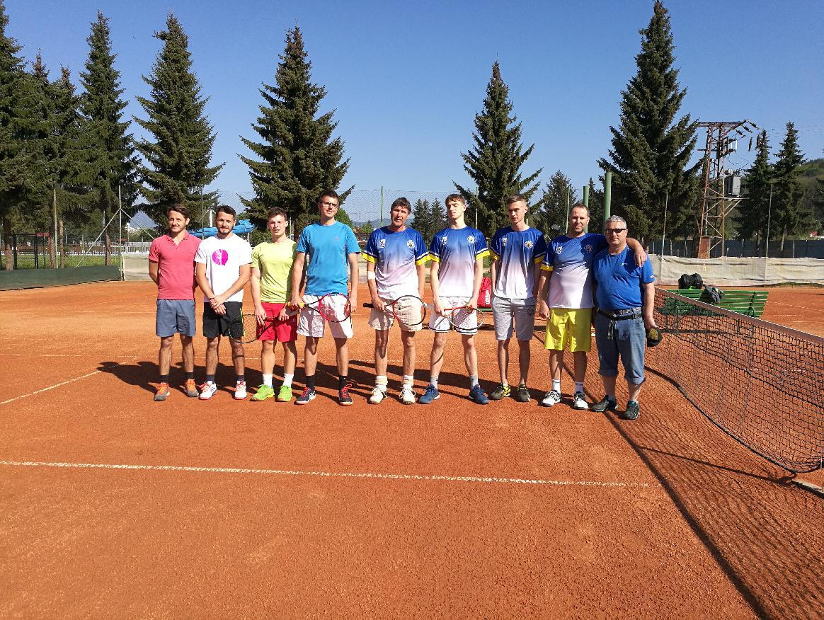 Tenisti úspešne odštartovali novú sezónu.